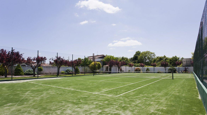 Pista de tenis Obanos-001