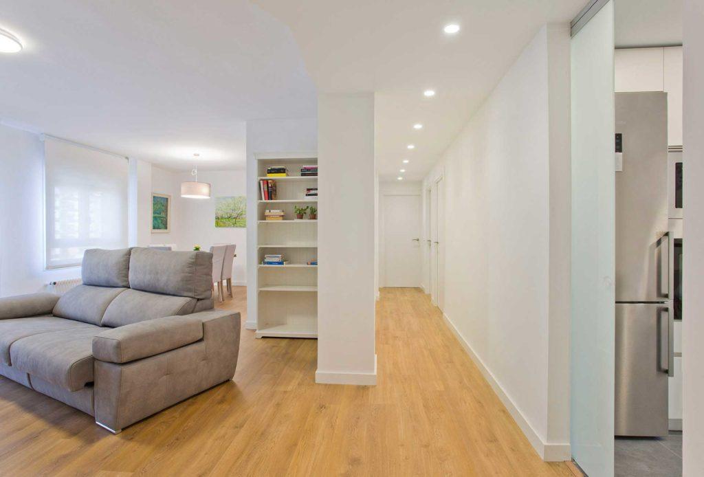 Reforma integral de un piso de 90 metros cuadrados for Piso 65 metros cuadrados